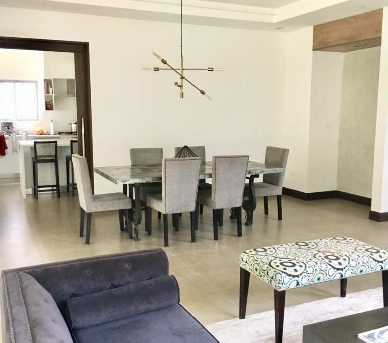 casa-moderna-4-dormitorios-precioso-condominio-2