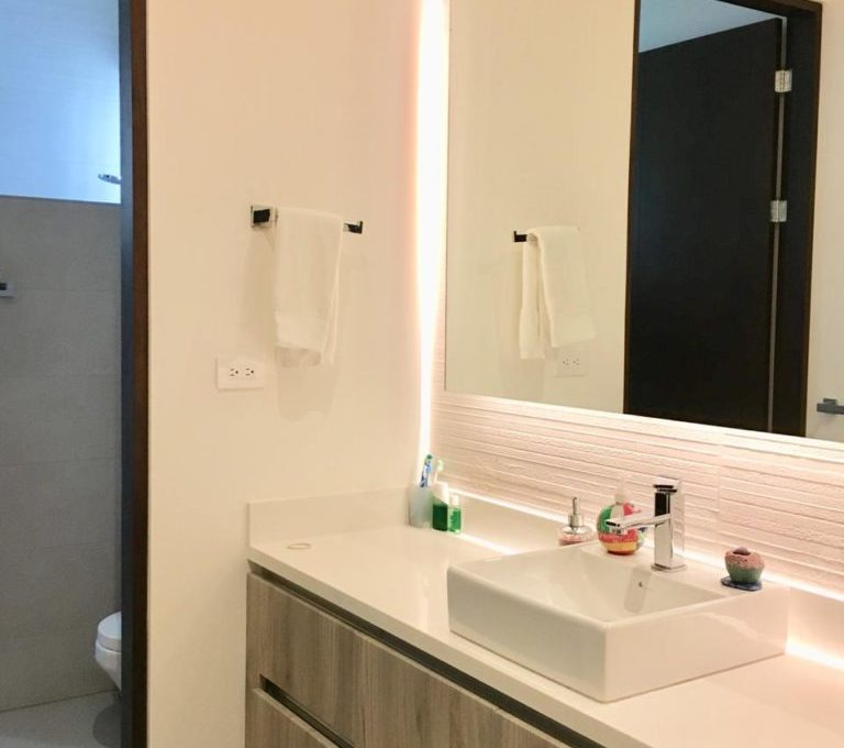 casa-moderna-4-dormitorios-precioso-condominio-8
