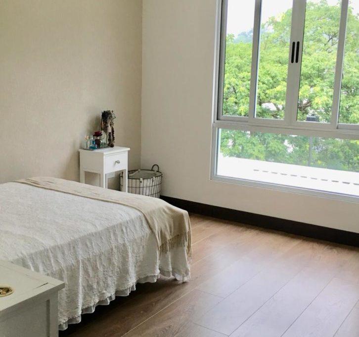 casa-moderna-4-dormitorios-precioso-condominio-9