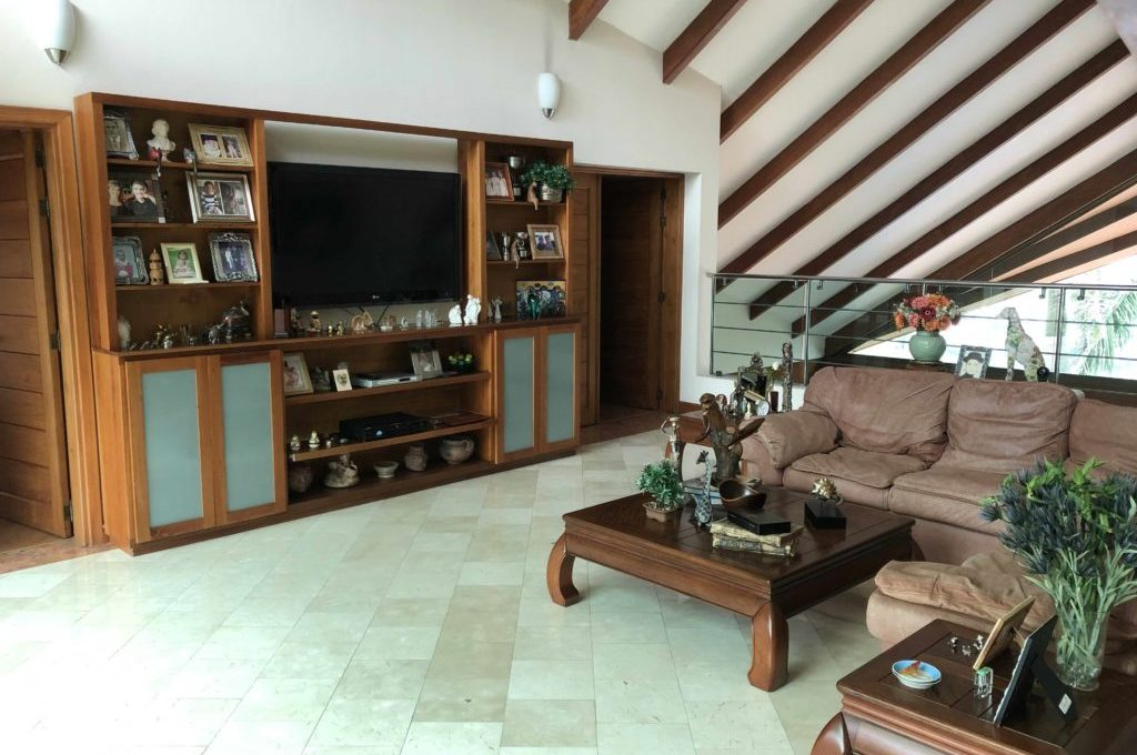 house-outstanding-view-villa-real-4