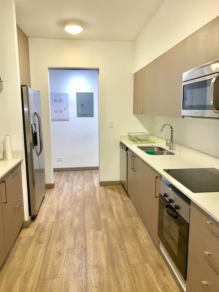 Precioso Apartamento Amueblado en Brasil de Mora