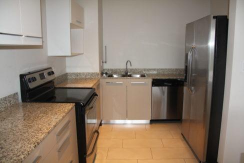 apartamento-en-escazu-de-dos-cuartos-y-sala-de-tv-cerca-de-la-paco-7