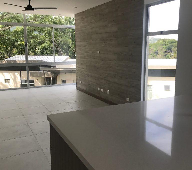 Spectacular one-bedroom-apartment-in-new-condominium-4