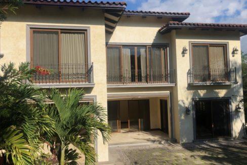 casa-4-dormitorios-oficina-visitas-villa-real-6