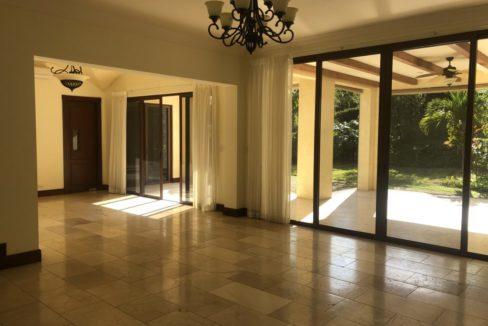 casa-4-dormitorios-oficina-visitas-villa-real-9
