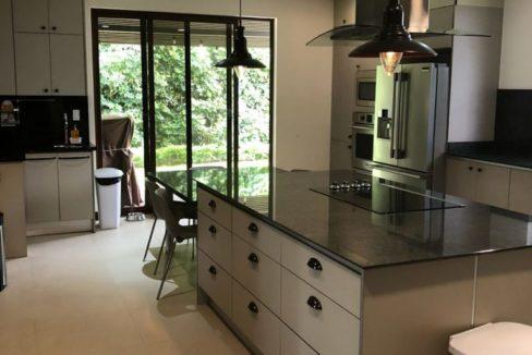 four-bedroom-house-hacienda-del-sol-4