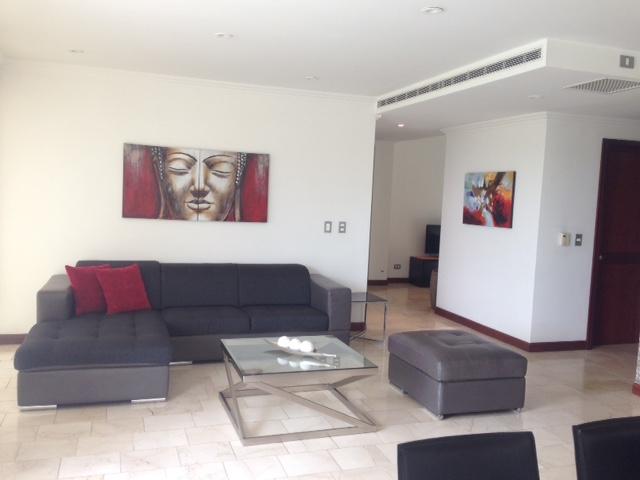 furnished-three-bedroom-apartment-9
