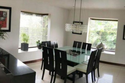 townhouse-guachipelin-escazu-remodelado-pisos-banos-3