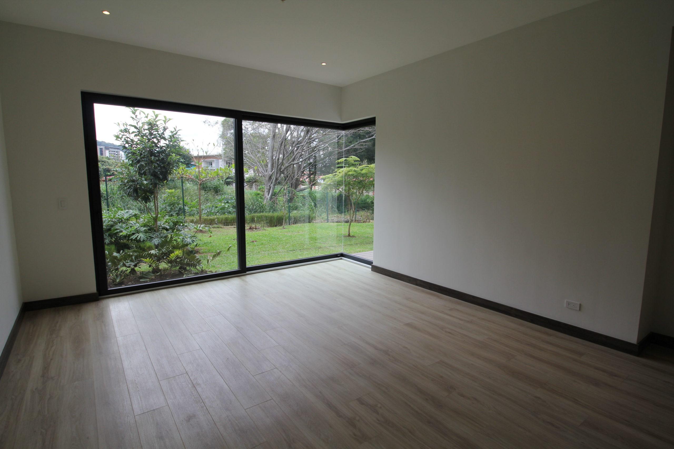 Apartamento de  3 cuartos + deck Vista Top