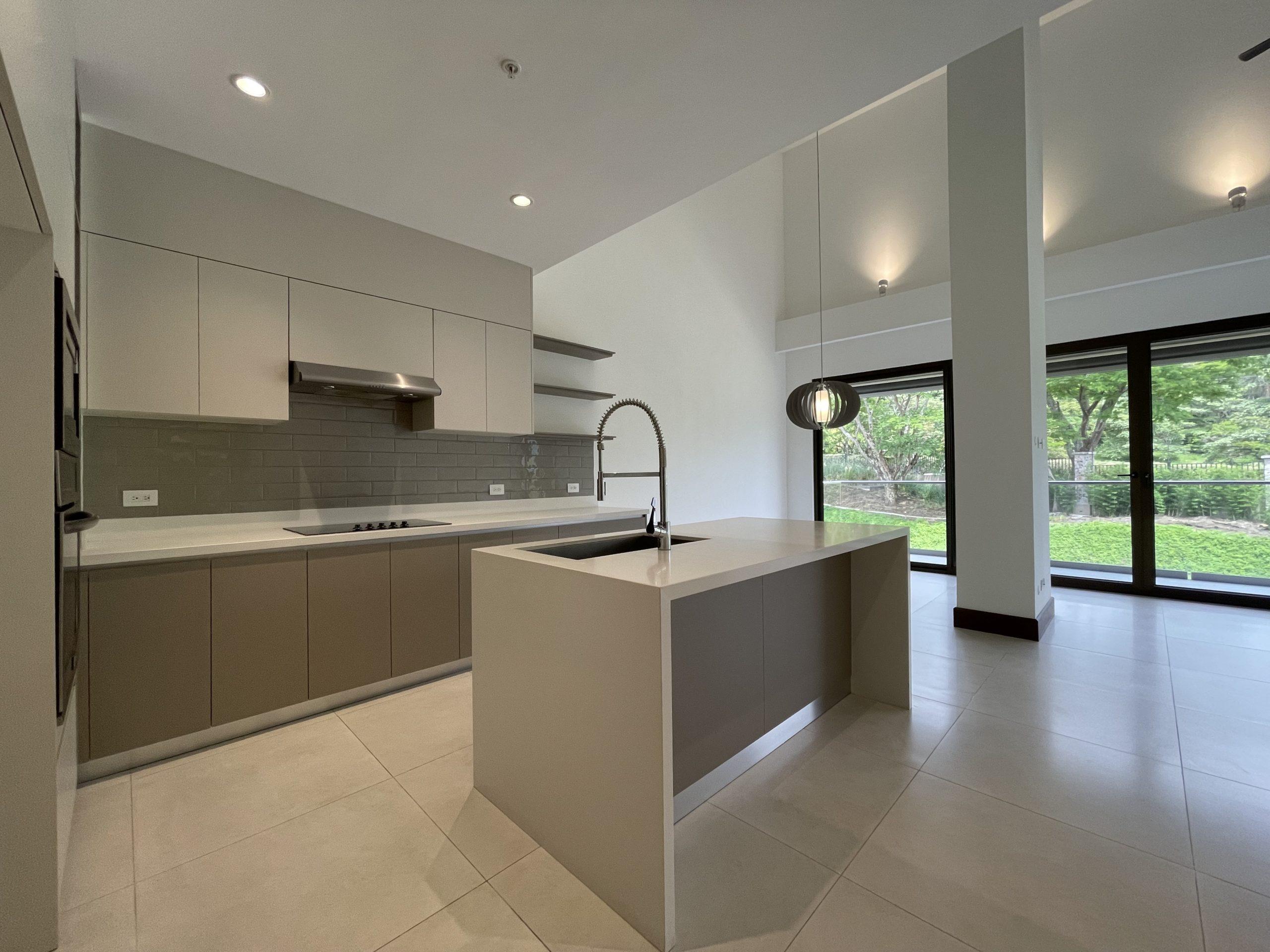 Moderno apartamento en Lomas del Valle